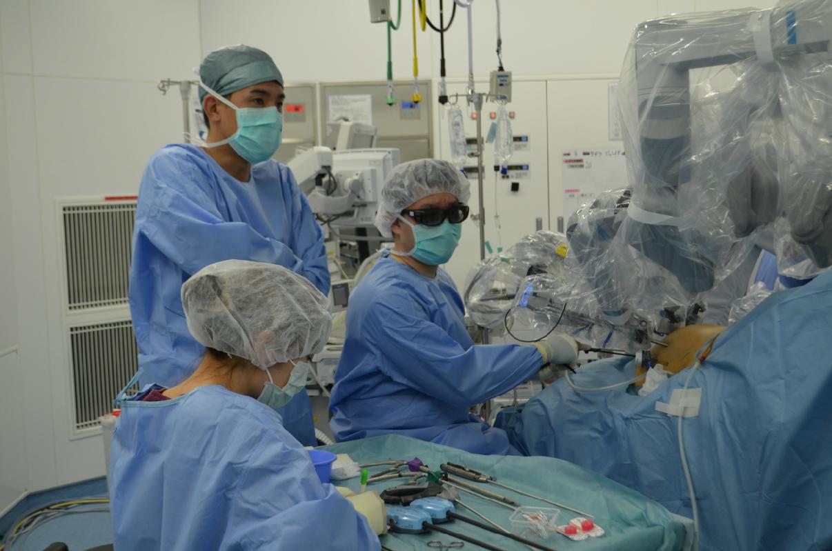 泌尿器手術01