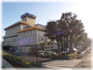 日本医院之日本江户川医院(为了提高住院和急救医疗质量,创立诊所来分担外来部门的工作)